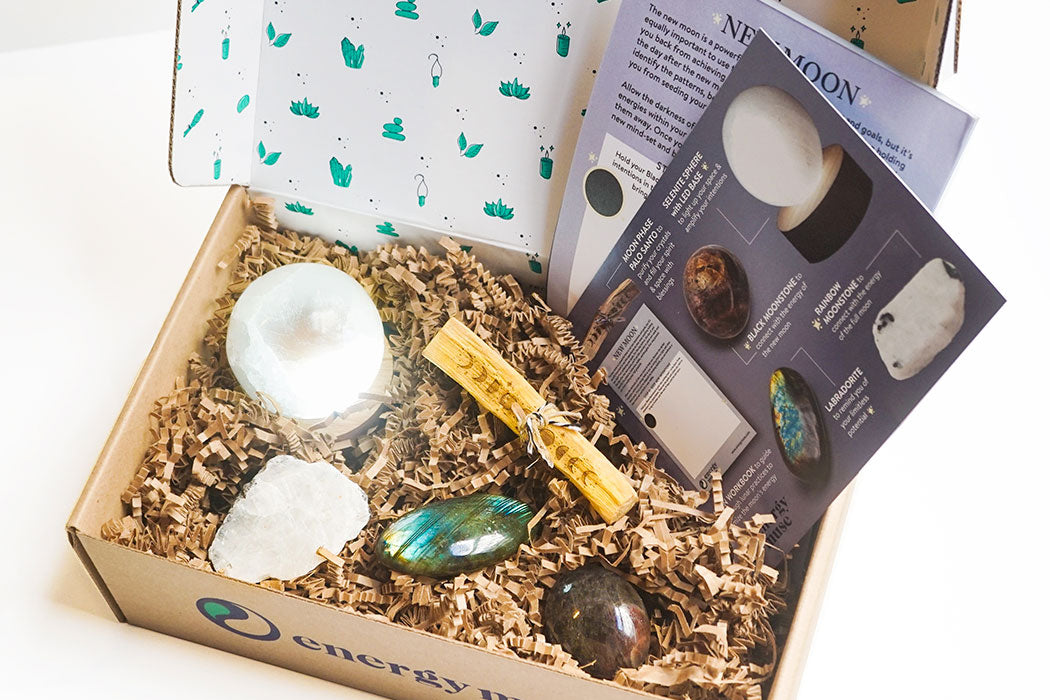 Unboxing our CRYSTAL365 Subscription Box