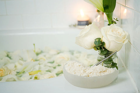 The Ultimate Full Moon Bath Ritual