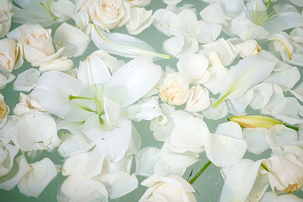 Add Flowers to your Full Moon Bath for Cleansing