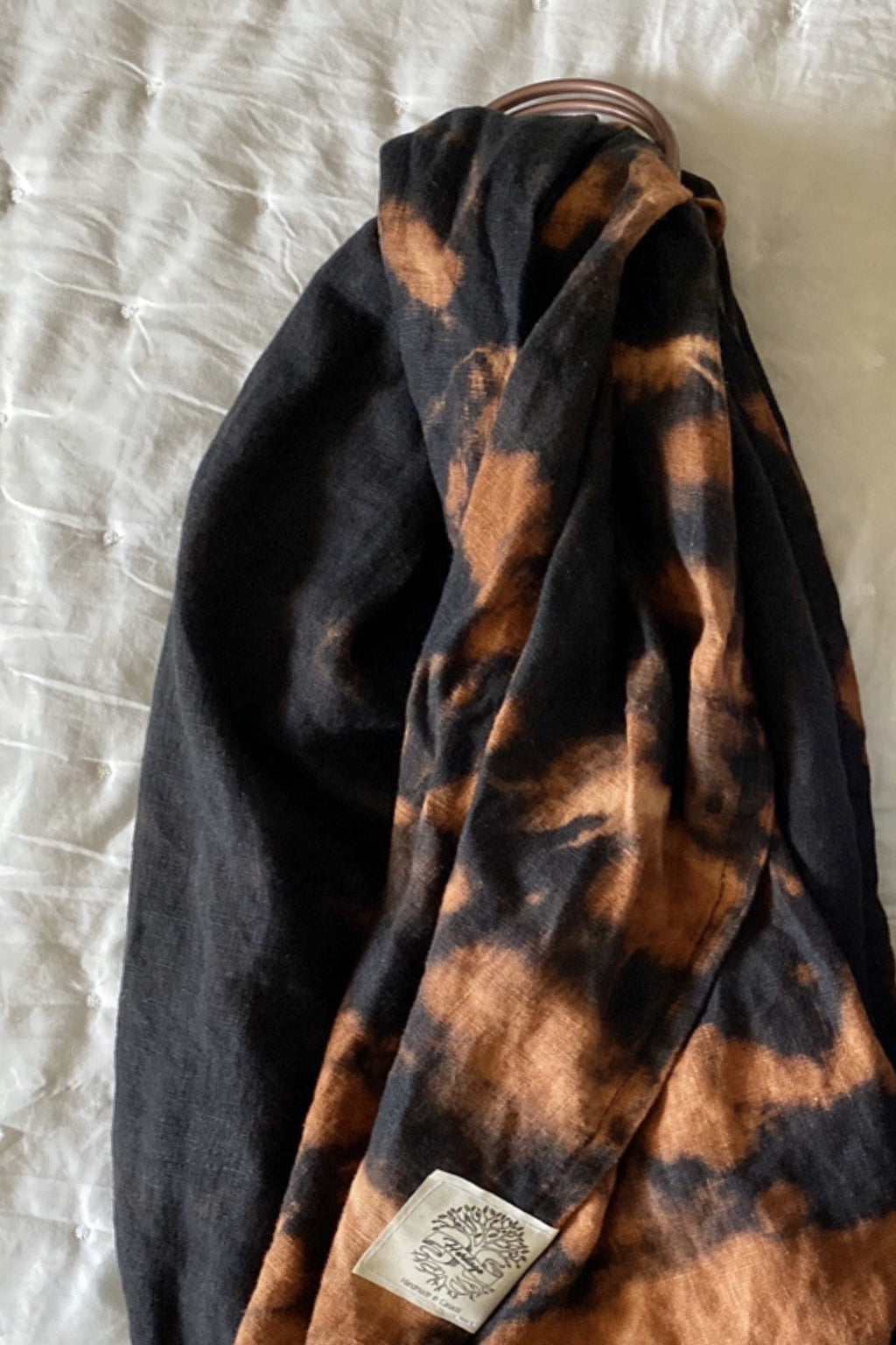 Hand dyed linen ring sling - black and rust