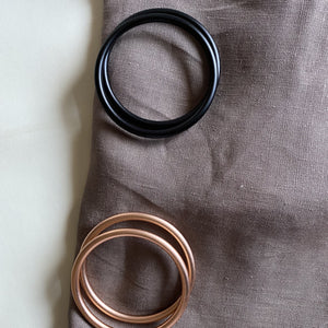Solid grey/brown linen ring sling