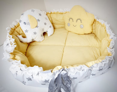 Round Baby Nest with two Pillows