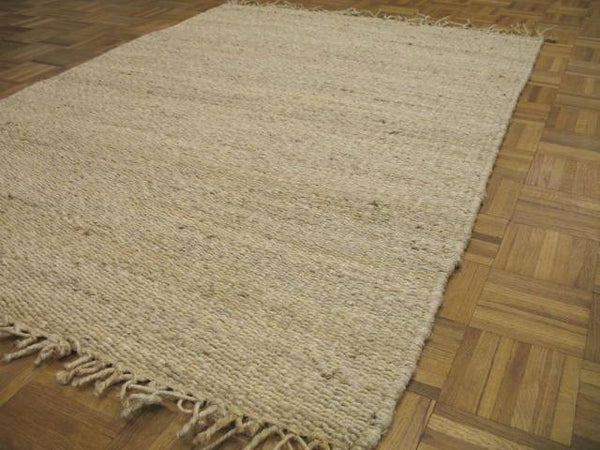 Jute Rug handwoven in India of jute. 4 x 6