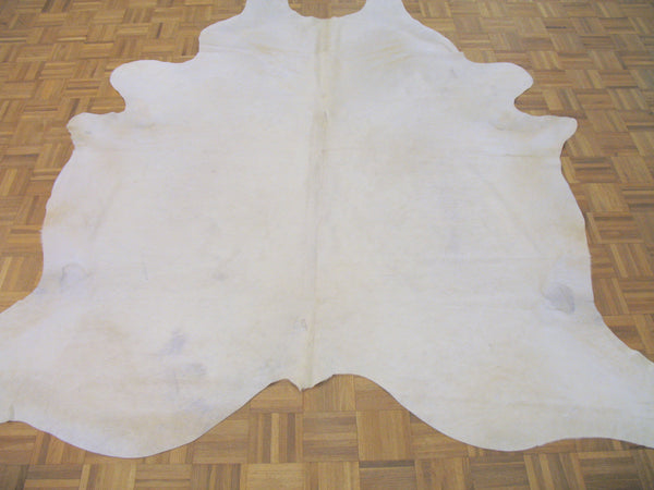 Snowy Cowhide - Tinnin Imports