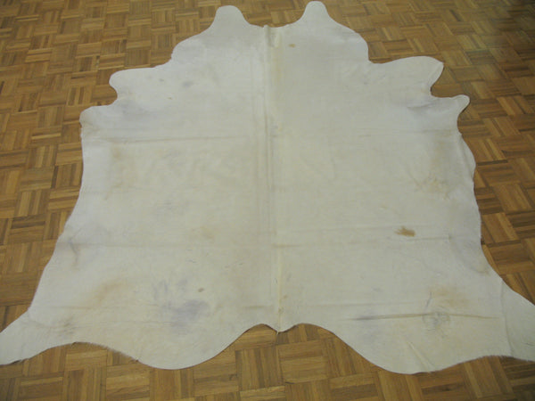 Ivory cowhide rug - Tinnin Imports