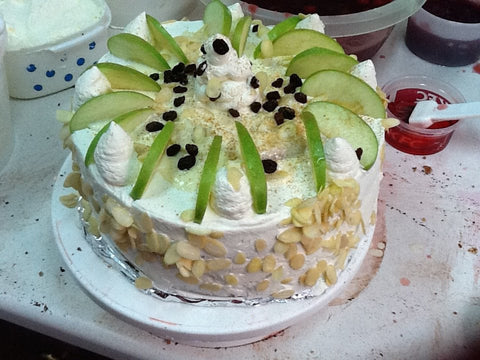 Kareena's Apple Cinnamon Cream Cake