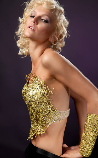 S22_Gold_Plastic_Bustier_L_une_Collection.jpg