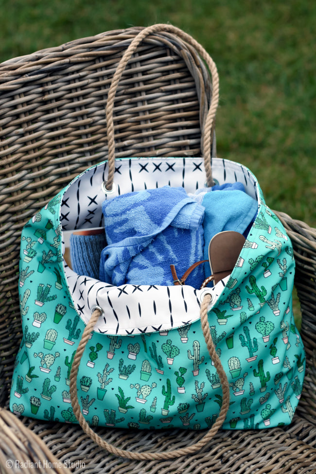 Beach Tote tutorial from Radiant Home Studio