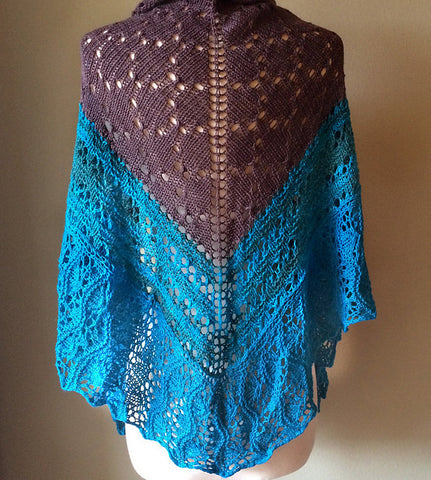 Picture of The Big Debbie Shawl -- Instant Download