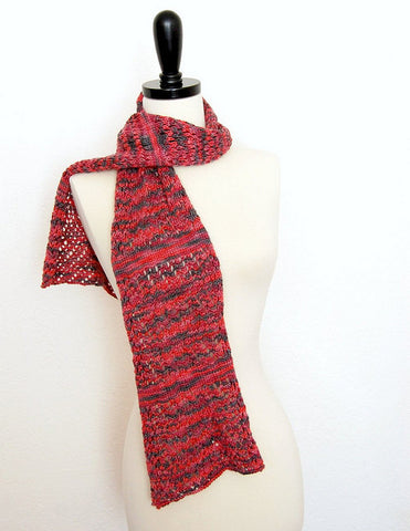 Picture of Karma Chameleon One Skein Scarf -- Instant Download