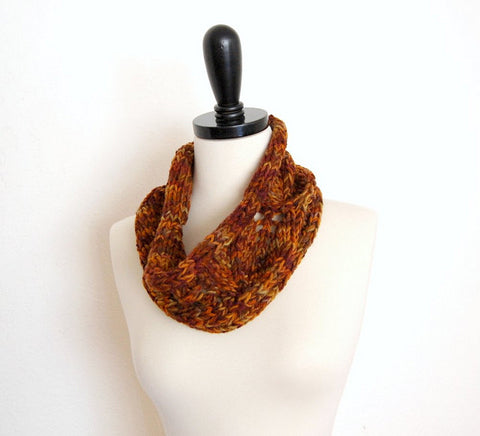 Picture of Autumn Leaves Cowl -- Instant Download