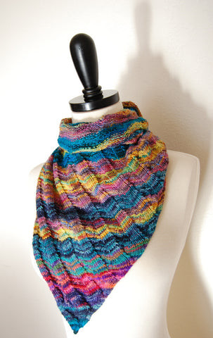 Picture of Asymmetrical Triangle Shawl -- Instant Download