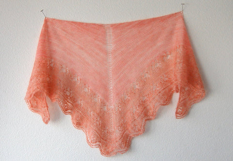Picture of Simple Triangle Shawl -- Instant Download