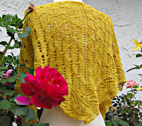 Picture of Limestone One Skein Triangle Shawl -- Instant Download