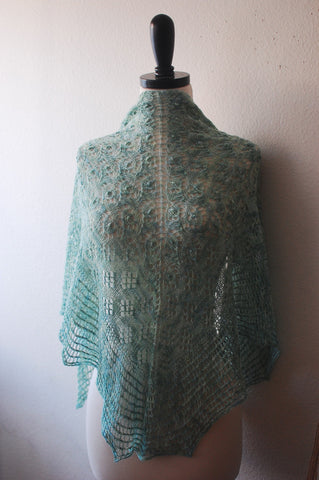 Picture of Artemis One Skein Shawl -- Instant Download