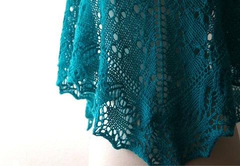 Picture of The Silver Spoon One Skein Shawl -- Instant Download