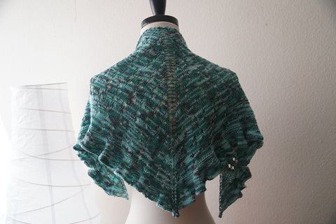 Picture of Water Dragon One Skein Shawl -- Instant Download