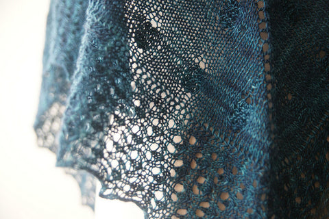 Picture of The Obi Shawl -- Instant Download