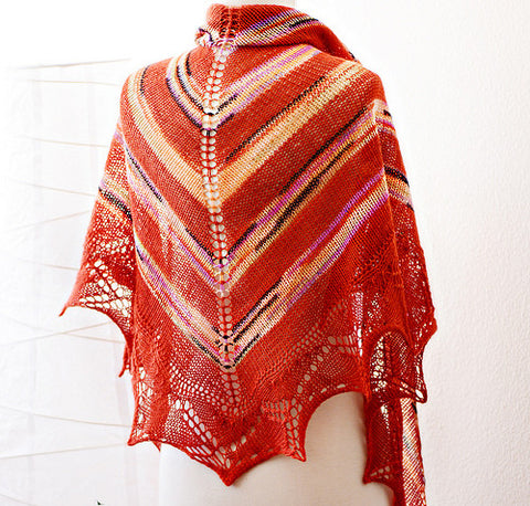 Picture of Tomato Shawl -- Instant Download