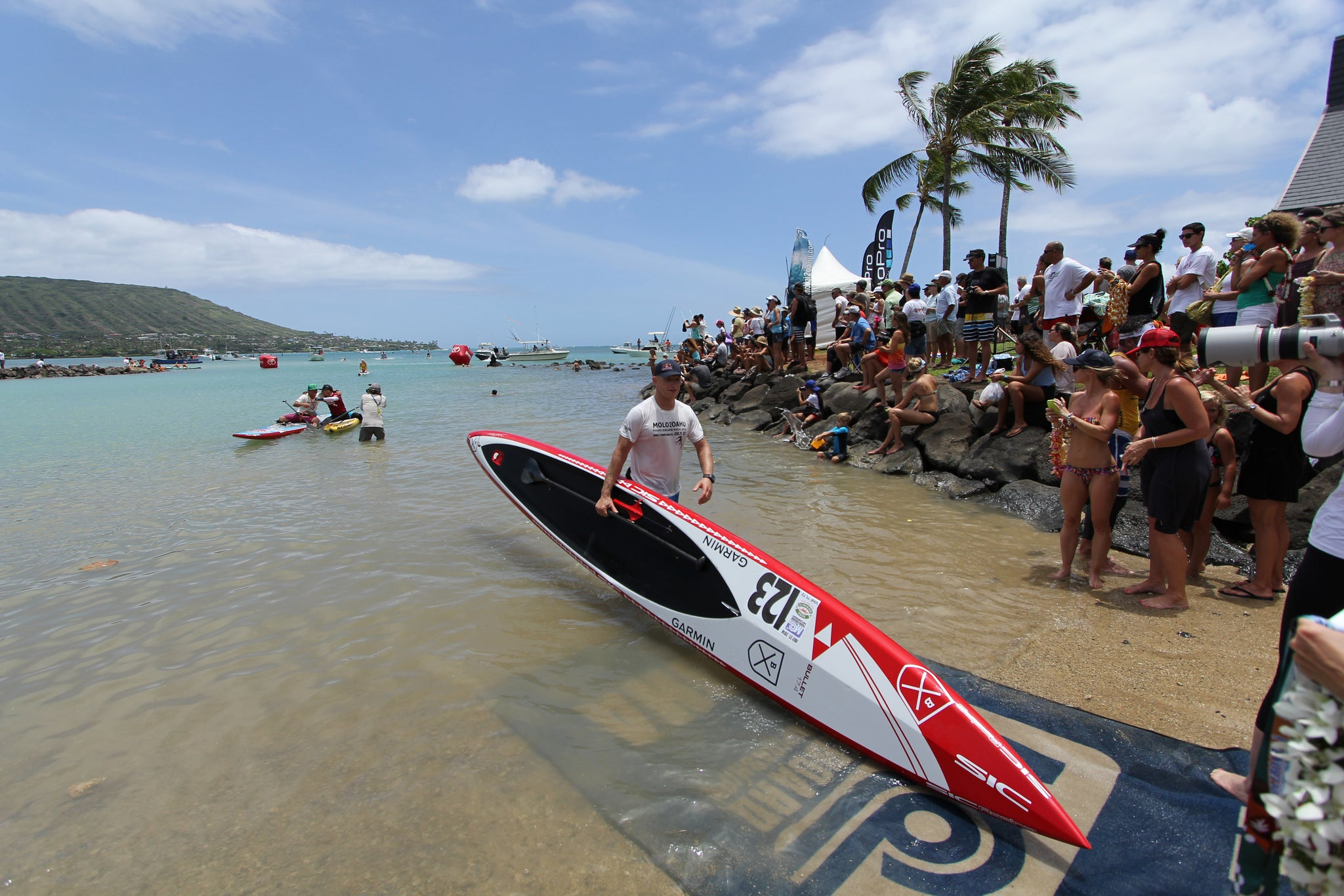 Jimmy Spithill Finishes Molokai to Oahu 2014 - Bluesmiths
