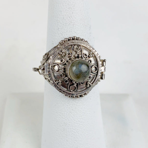 Sterling Labradorite Circle Large Poison Ring