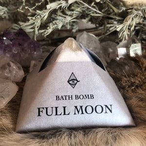 Full Moon Pyramid Crystal Bath Bomb