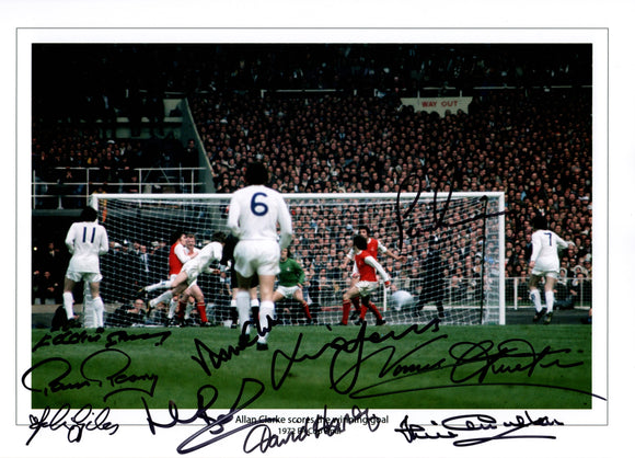 1972 FA Cup multi hand signed autographed photo Leeds United