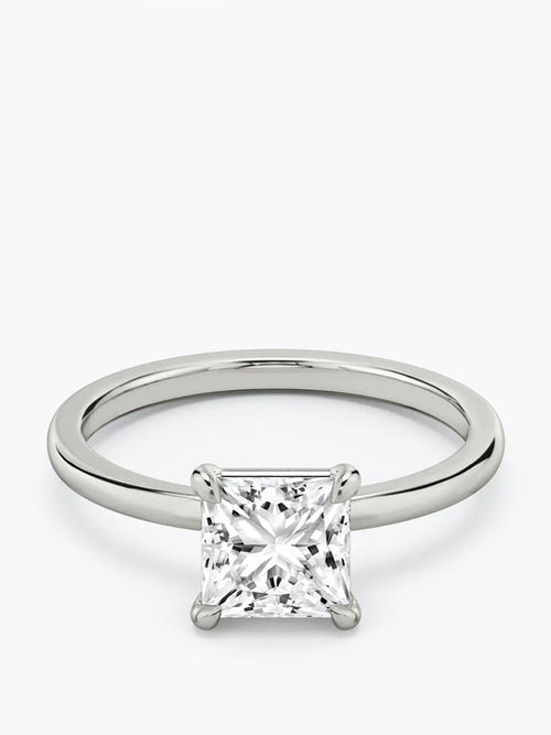2ct G colour SI1 clarity Princess Cut Solitaire