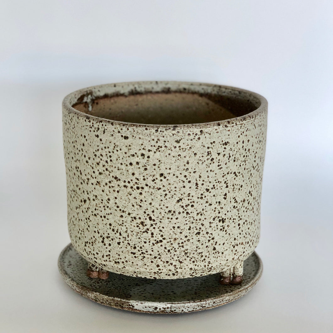 Dolomite Planter with Feet - Made in Melbourne