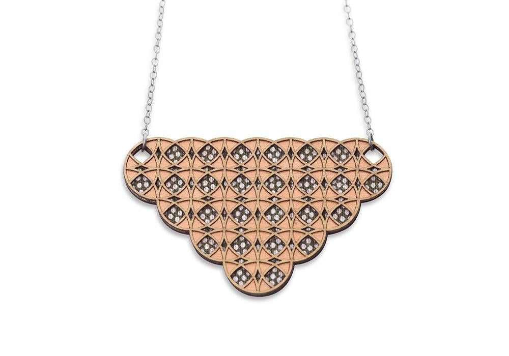 overlapping necklace