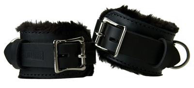 Strict Leather Premium Fur Lined Cuffs size : Wrist-Wrist - Erotic Superstore