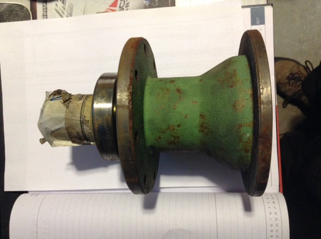 Hub Assembly C/W Bearing Mower Drive 06589630 - BRM-SHOP.COM