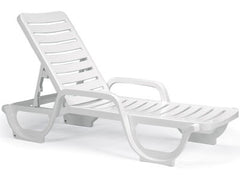 STACKING CHAISE LOUNGES