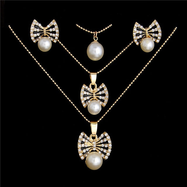 Vintage Imitation Pearl necklace Gold jewelry set