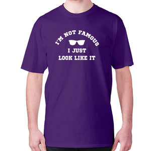 I'm not famous, I just look like it - men's premium t-shirt - Purple / S - Graphic Gear