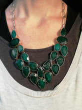 Load image into Gallery viewer, Stunning Emerald necklace