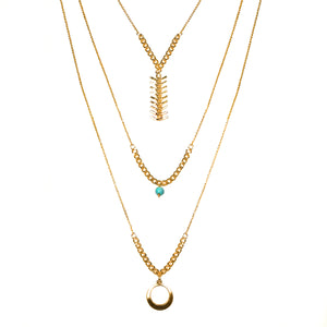 LAYERED TRIPLE NECKLACE IN GOLD