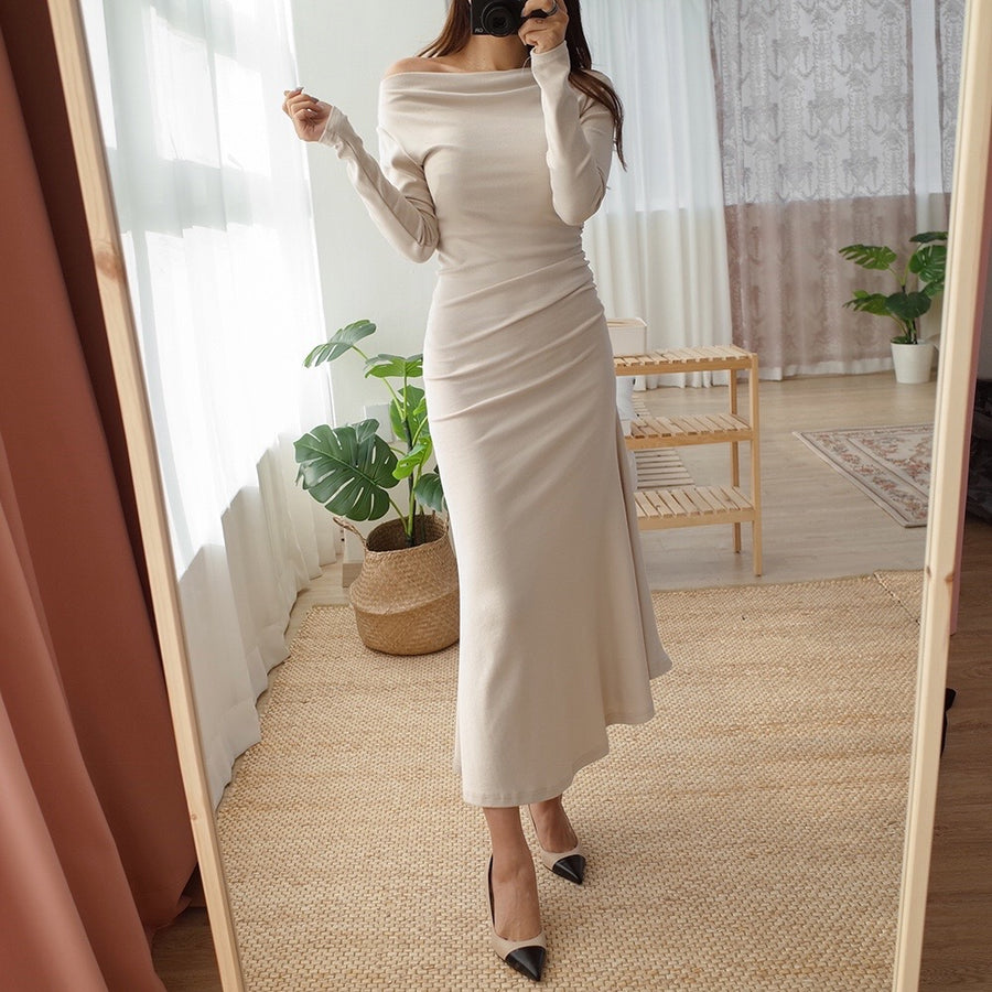 Lissom off-shoulder stretch dress