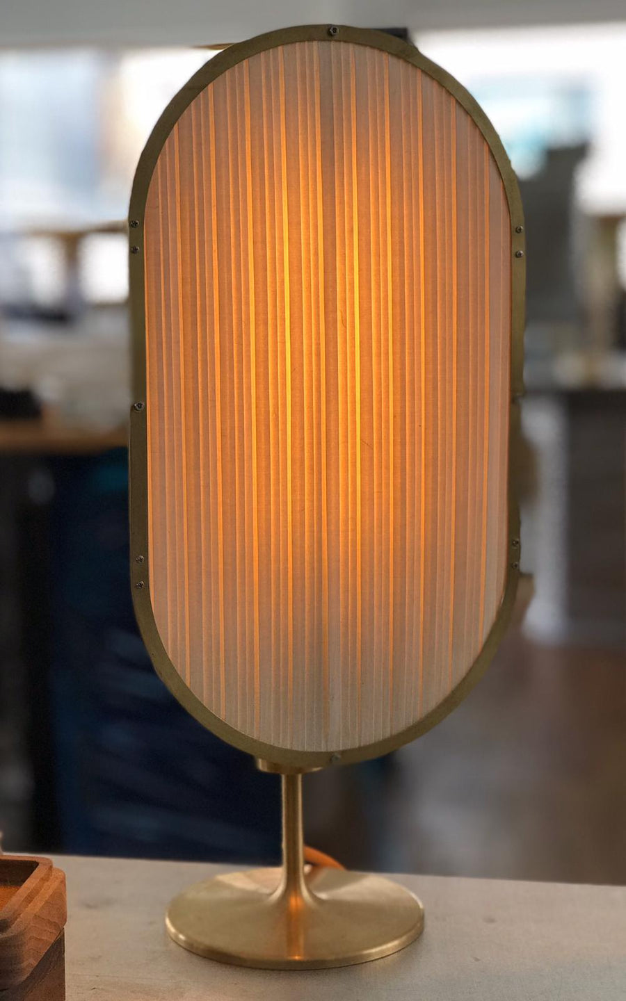 Layers table lamp
