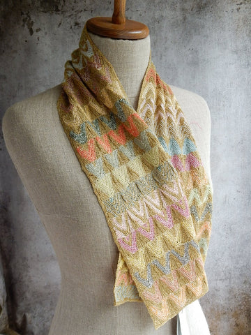 4052 Small Linen Scarf