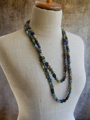 """Tiny"" Necklace, wool"