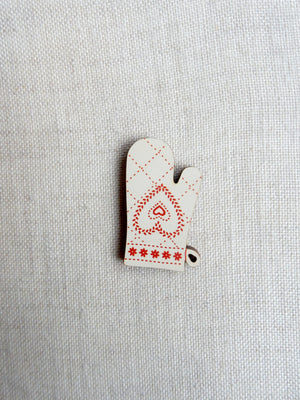 Oven mitt button -  cream and red