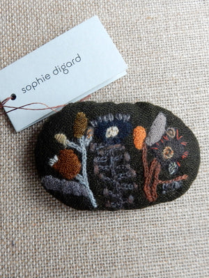 Quotodien Brooch #1