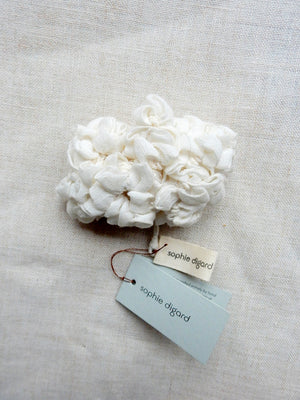 """Hortensia"" Brooch - off white"