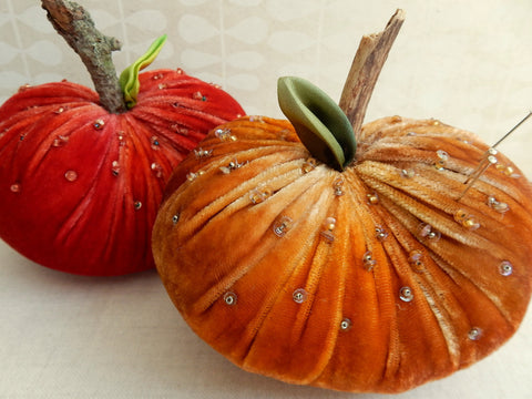 Velvet Pumpkin Pin Cushion Kit