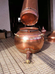 Pot and column of the rotating column copper alembic distiller