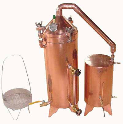 7.5 Gallon Copper Distiller With Glass Essencier