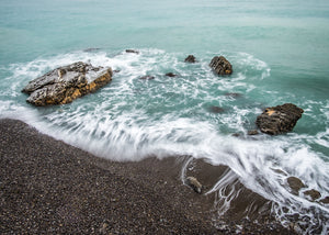 MNI 0008 Oneglia Beach long exposure