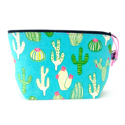 Zipper Notion Pouch - Fuzzy Cactus (Flannel)