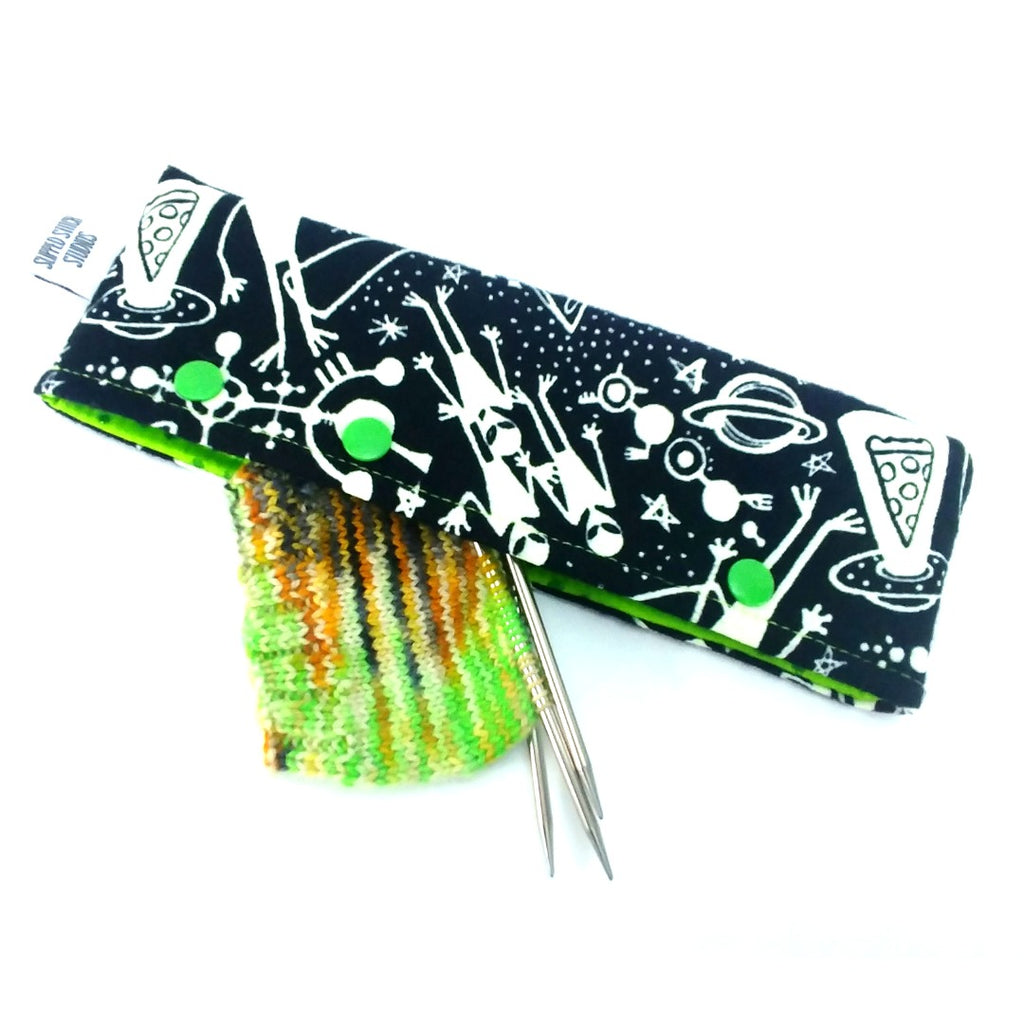 Aliens (Glow-in-the-Dark Flannel) </br> Needle Nook:Needle Nook,Slipped Stitch Studios:Slipped Stitch Studios